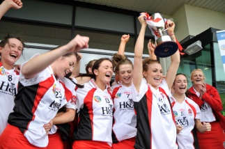 camogie-celebration-time